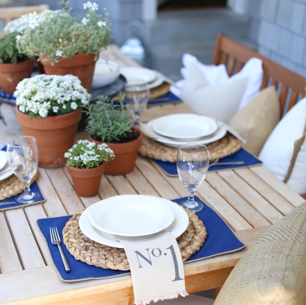 Simple Neutral Summer Table Setting - Cambridge Home Company