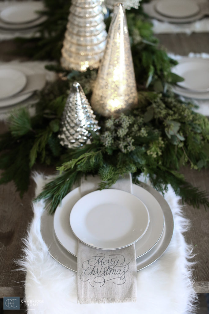 Simple christmas dining table settings cambridge home - Simple christmas table settings ...